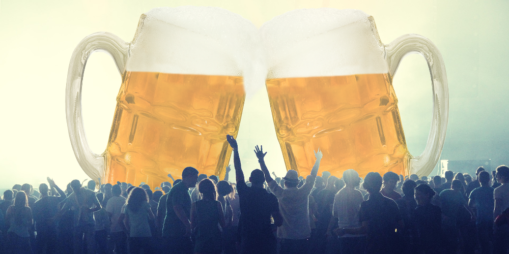 crowd_with_beer_500px